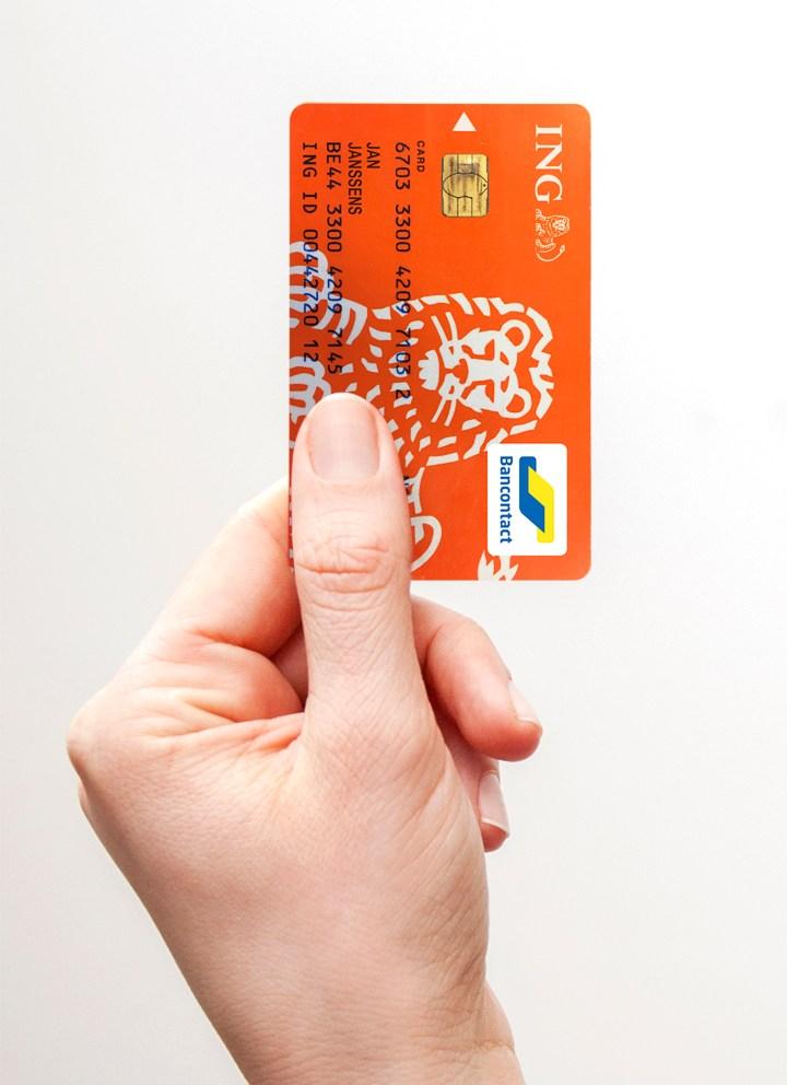 ing_card_hand_hr