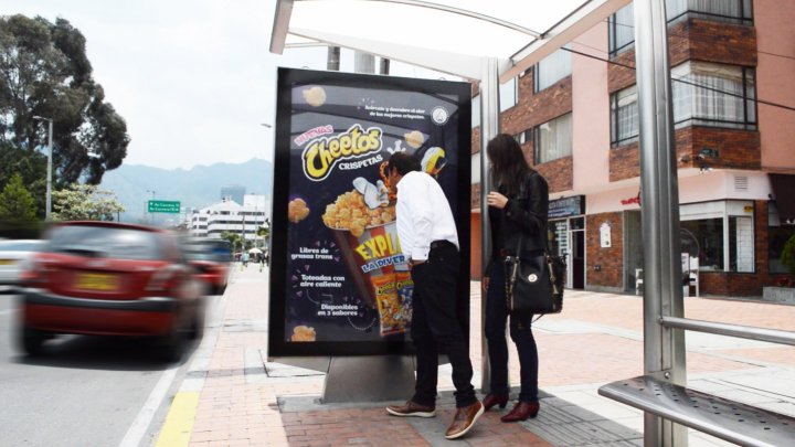 pepsico-cheetos-jcdecaux-colombia-march-2016-scented-bus-shelter
