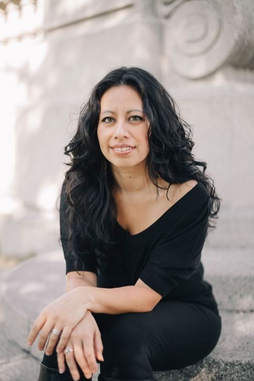 Author Cyn Vargas
