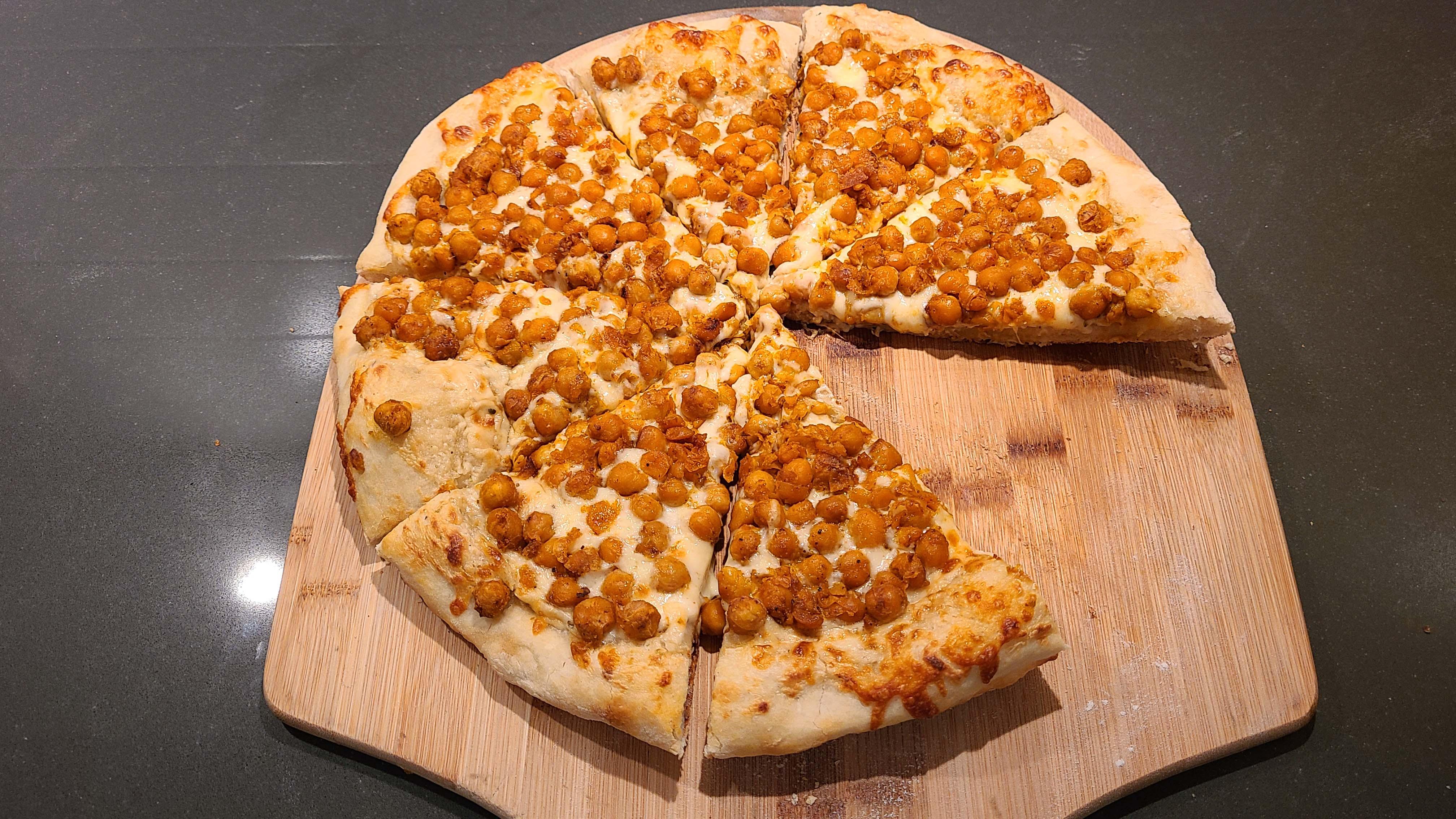 Buffalo Chickpea Pizza Recipe