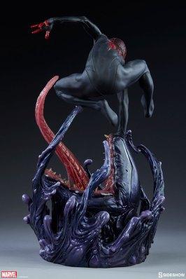 marvel-spider-man-miles-morales-premium-format-figure-sideshow-300554-09