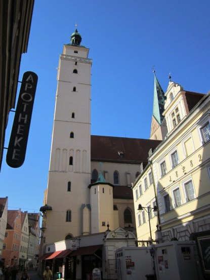 Photo 4--white chapel of old town