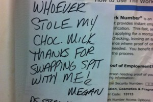 Aggressive Notes In An Office Are Always Funny !