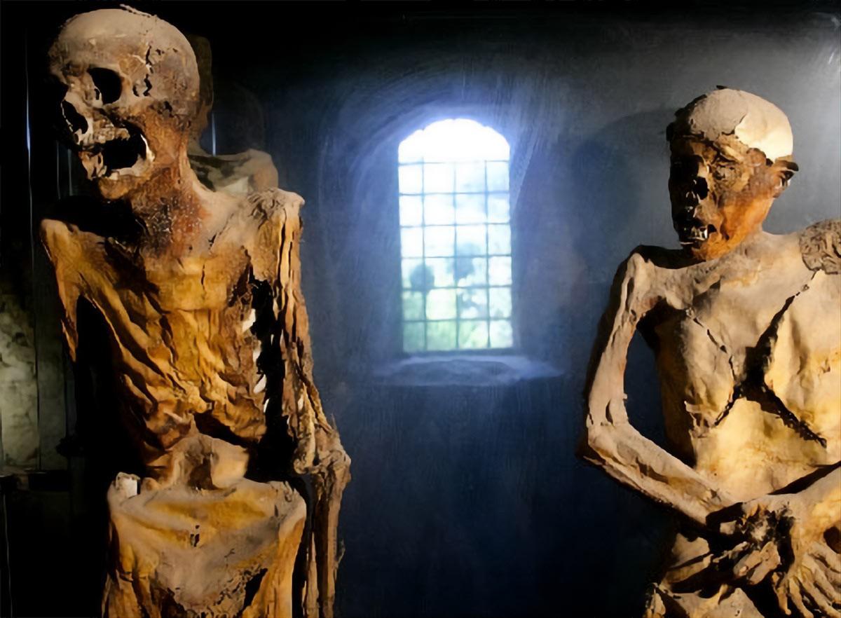 Ferentillo-mummies
