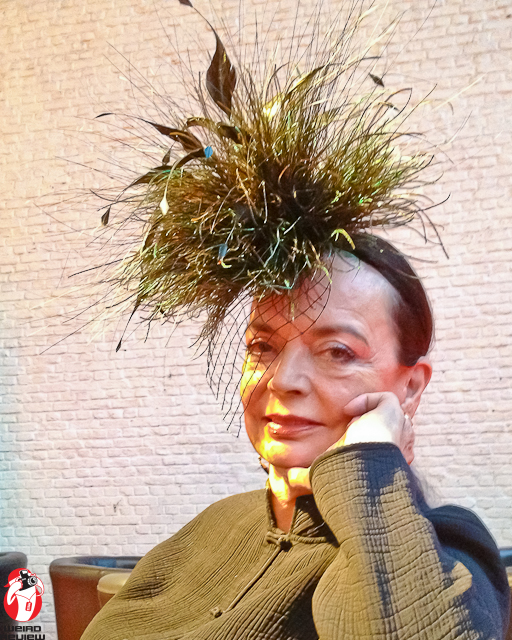 Living legend Barbara Steele and her incredible hat.
