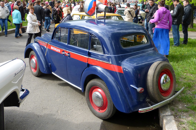 Moskvich 400/401 (1946-1956), the first affordable car to Soviets