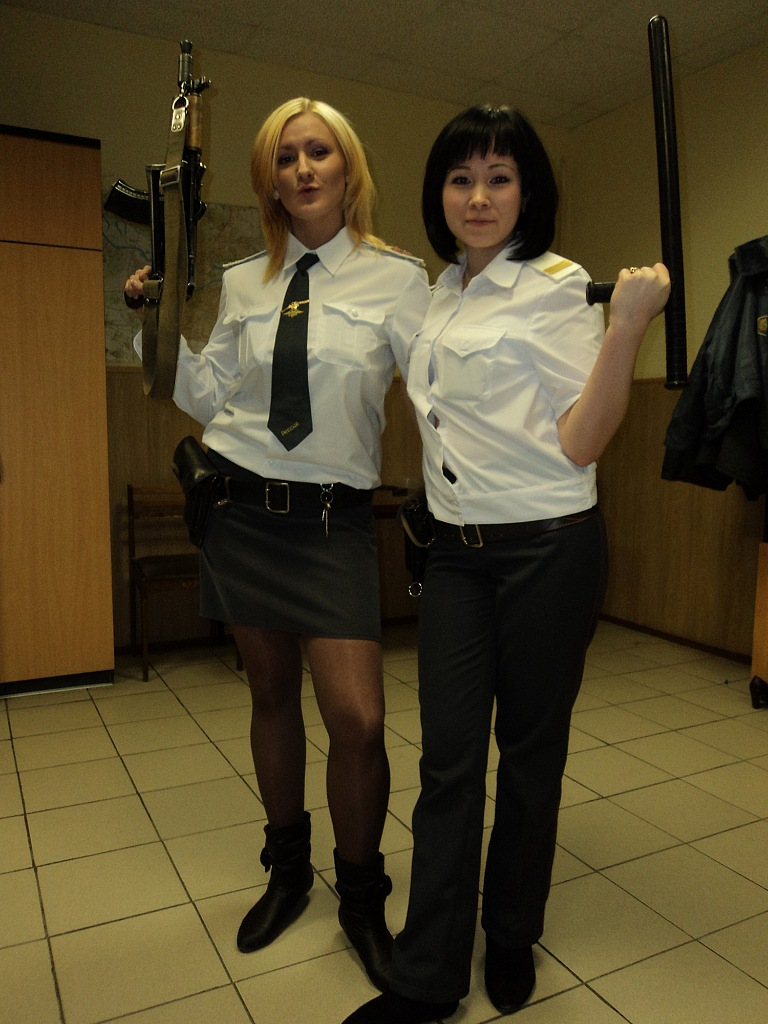 female-cops19