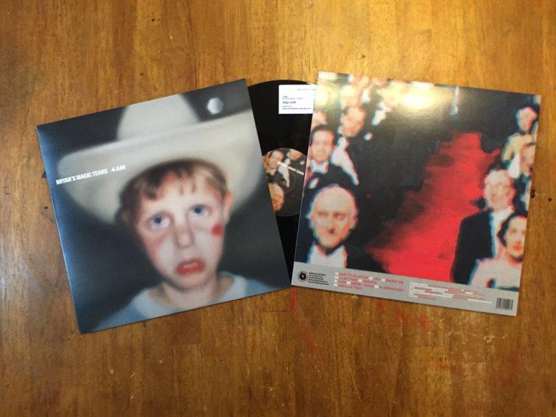 l'album 4 AM est sorti le 07 décembre dernier chez Born Bad Records.