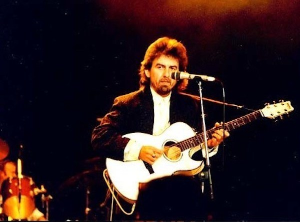 george-harrison-Wembley-Arena-1987