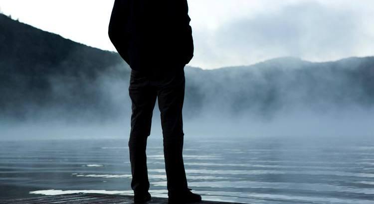 Enttäuschungen sind nur Haltestellen in unserem Leben. Sie geben uns Gelegenheit zum Umsteigen, wenn wir in die falsche Richtung fahren. - Zitat von Unbekannt