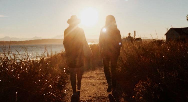 Freundschaft sollte man nie als selbstverständlich sehen,denn wahre Freundschaft ist fast genauso selten wie die große Liebe. - Unbekannt