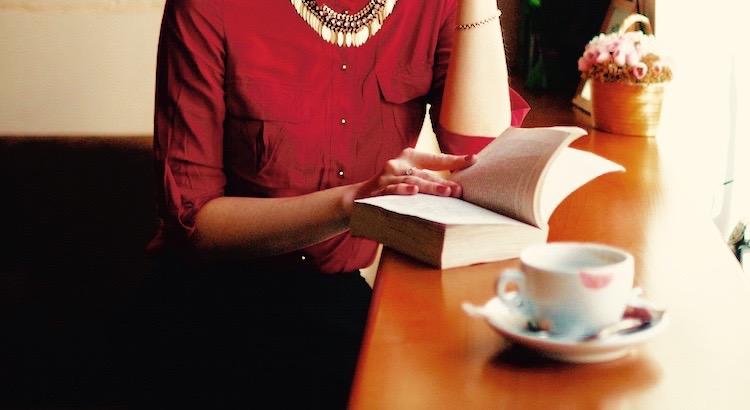 Die Person, die du in 5 Jahren sein wirst, basiert auf den Büchern, die du jetzt liest und den Menschen, mit denen du dich heute umgibst. - Unbekannt