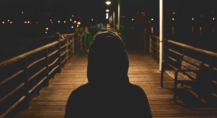 Manchmal sind die Nächte, in denen man nicht einschläft, die Nächte, in denen man aufwacht. - Unbekannt