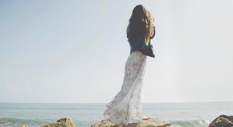 Arbeite, als würdest du das Geld nicht brauchen.Liebe, als hätte dich nie jemand verletzt.Tanze, als würde niemand zusehen.Singe, als würde niemand zuhören.Lebe, als wäre der Himmel auf Erden. - Mark Twain