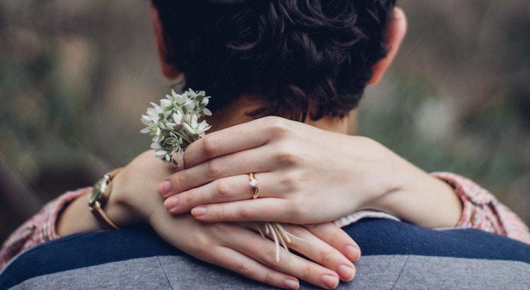 Wer wirklich ein Teil von deinem Leben sein will, wird immer Wege finden, dir nahe zu sein. --Unbekannt