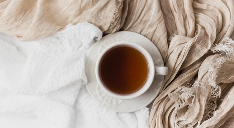 Drei Dinge helfen, die Mühseligkeiten des Lebens zu tragen: Die Hoffnung, der Schlaf und das Lachen. - Immanuel Kant