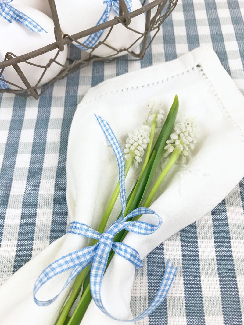 Tischdeko In Weiss Und Blau Weiss Schwarz