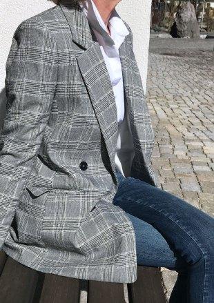 blazer50.jpg