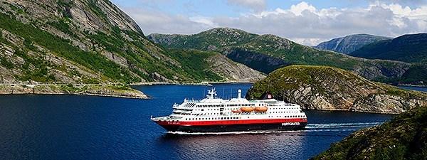 vortrag-hurtigruten-norwegen-postschiff