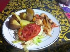 Kartoffeln, Salat und Meeresgetier (Bild von futternerd.de)
