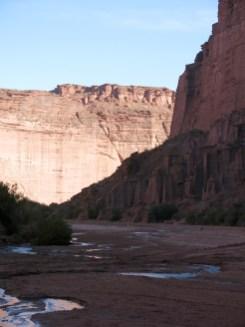 Der Weg durch den Canyon