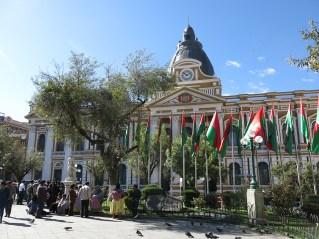 In Bolivien läuft die Zeit rückwärts?