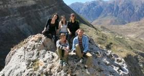 """Unsere """"Reisegruppe"""": Emilie aus Frankreich und Corinne und Yvonne aus der Schweiz"""