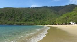 Ein Strand fast für uns allein.