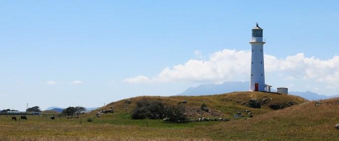 Hier versteckt sich der Taranaki noch unter einer Wolkendecke