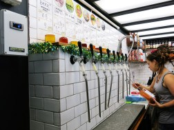 Bier Tasting im Garage Project