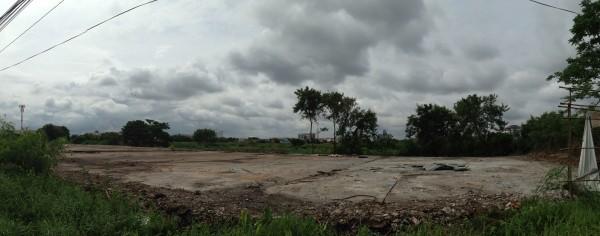 ภาพหน้าที่ดินแปลงที่คาดว่าจะเป็นเซ็นทรัลโคราชแห่งใหม่