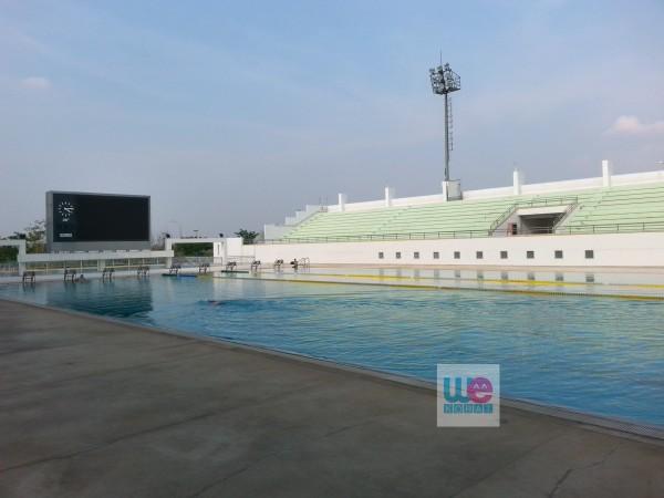 สระว่ายน้ำ สนามกีฬาเฉลิมพระเกียรติ 80 พรรษา