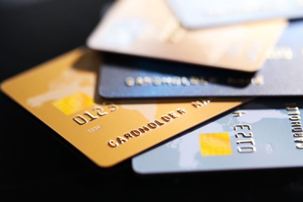 Travel easy using EC cards, credit cards and ATMs