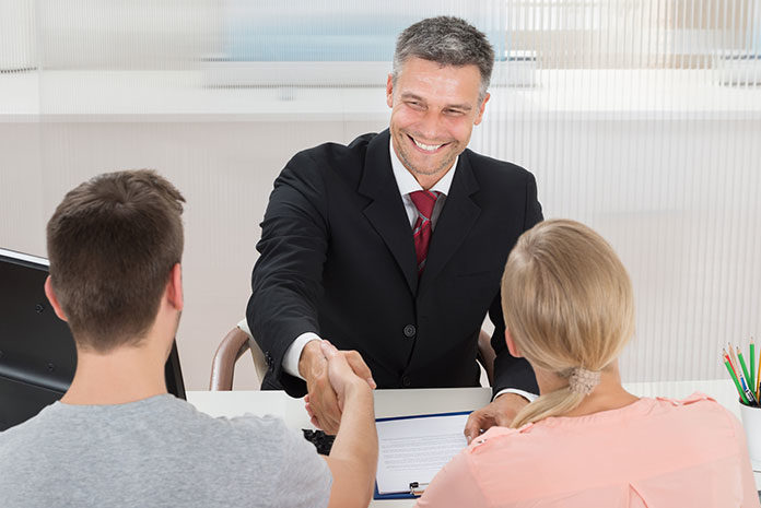 Top 5 Reasons why you should use an Insurance Broker ...