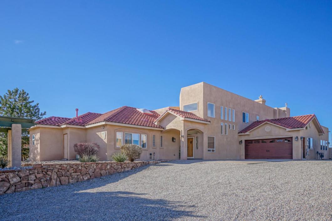 6528 Pasilla Road NE Rio Rancho, New Mexico 87144