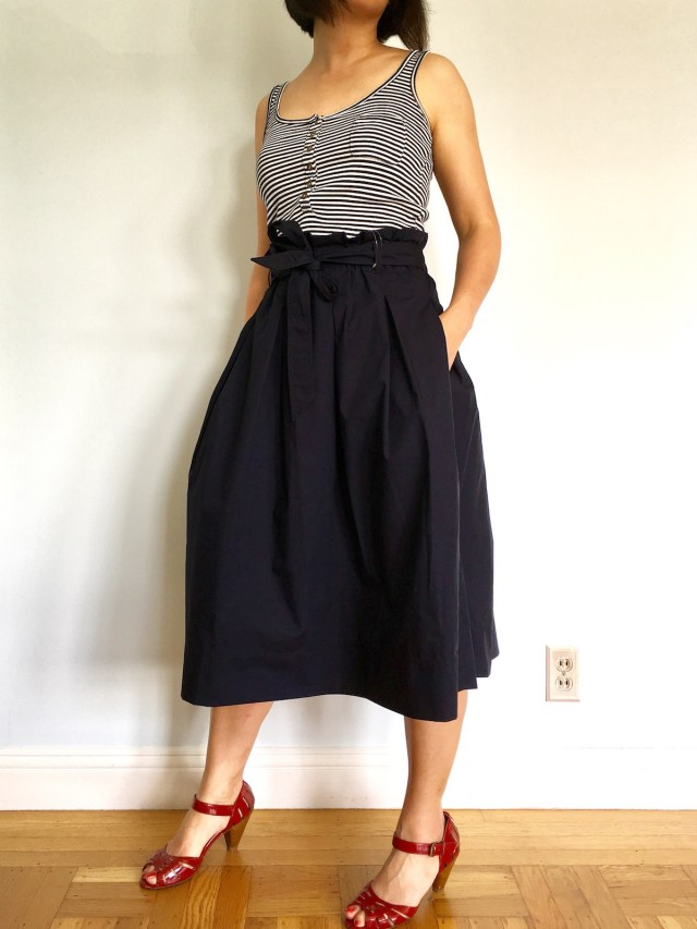 d363eb5df5 Summer Looks from Uniqlo: High Waist Belted Flare Midi Skirt ...