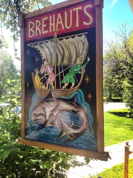 Breahauts Signage