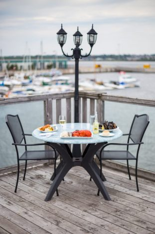 lobster on the wharf_mini