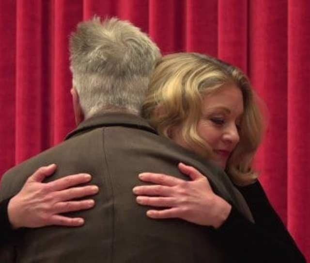 David Lynch Sheryl Lee Hugging