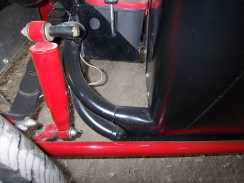 Cool transition between a tubular rear frame and rectangular side rails.