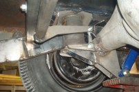 Sway bar, air spring axle & frame brackets.