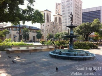 Quickly went out (in 98 degree heat) to see beautiful downtown San Antonio. Lovely old buildings.