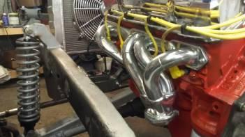Welder Series tubular chevy engine mounts.