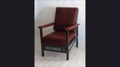 Growth Mined Arm Chair