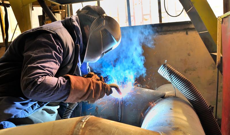 MIG Welding Machine Buying Guide - weldingmachinereview.com