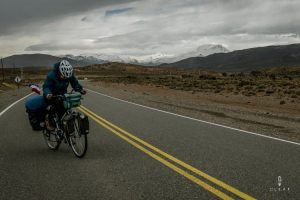 Dutch cyclist fighting against the wind on Ruta 40