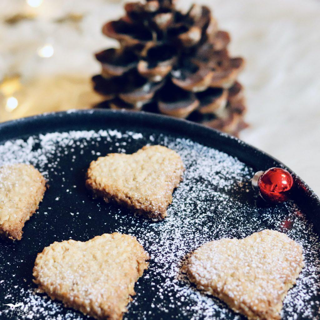 Vegane Haferplätzchen ohne Zucker für Advent und Weihnachten