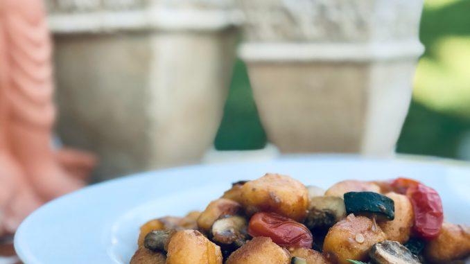 Vegane Gnocchi-Gemüse-Pfanne