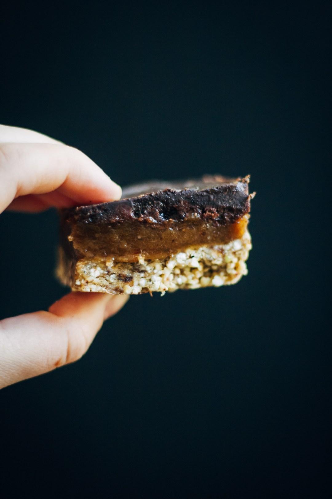Raw Mocha Caramel Slice   Well and Full   #raw #vegan #recipe
