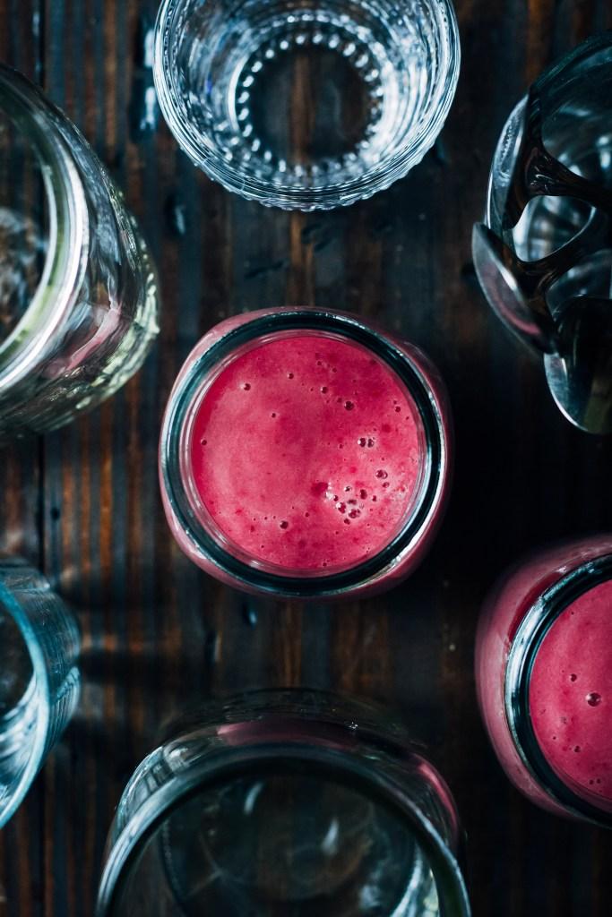 Raspberry Creamsicle Probiotic Smoothie   Well and Full  #vegan #probiotic #smoothie